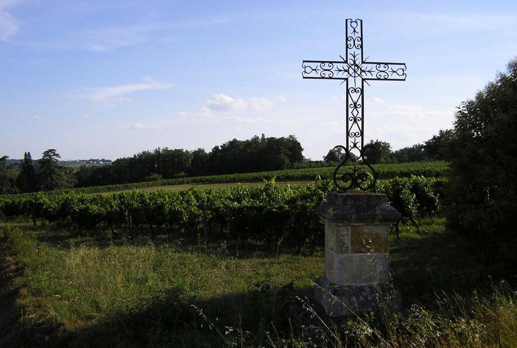 Croix de Beylot du Château le Parvis de Dom Tapiau